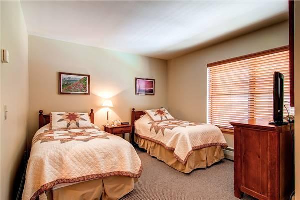 River Mountain Lodge #E214A - Image 1 - Breckenridge - rentals