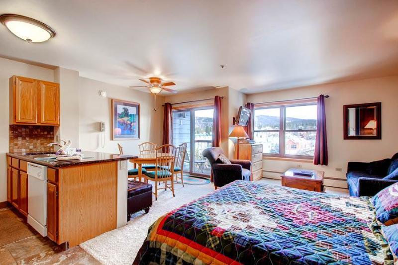 River Mountain Lodge #E205 - Image 1 - Breckenridge - rentals