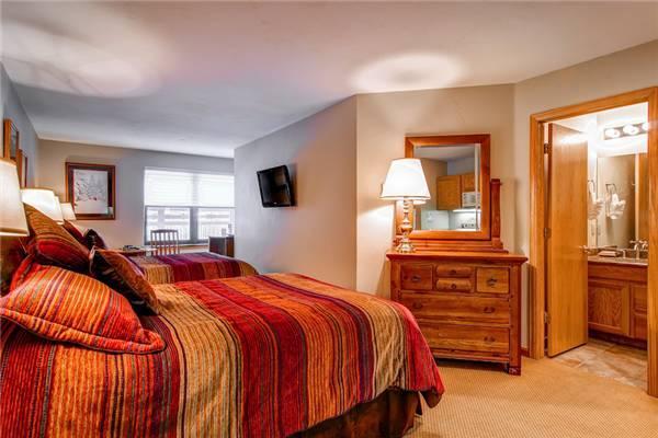 River Mountain Lodge #W118B - Image 1 - Breckenridge - rentals