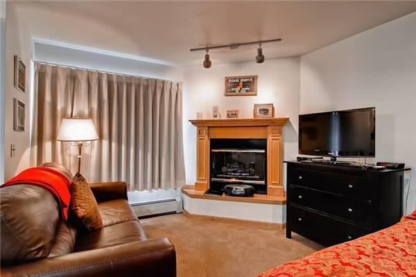 River Mountain Lodge #W221 - Image 1 - Breckenridge - rentals