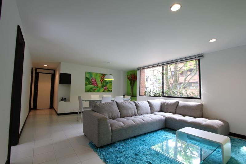 Stylish Convenience Near Nightlife - Image 1 - Medellin - rentals