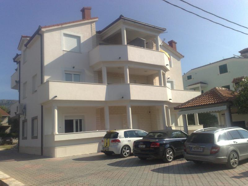 Villa IRIS - Apt. 8+4 - Split - Trogir - Split - rentals