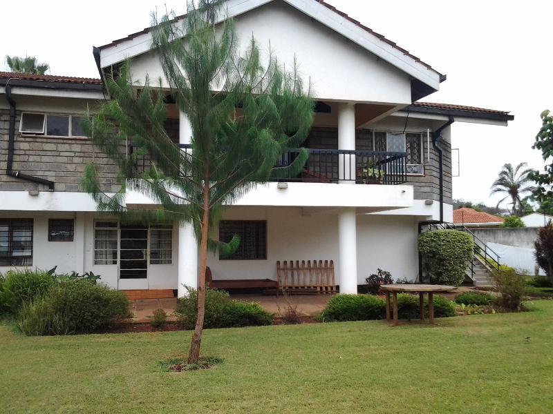 Garden - Serene stay in Gigiri Nairobi - Nairobi - rentals