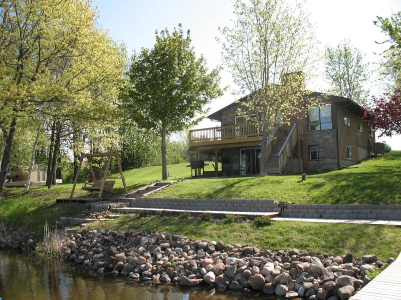 Lake House - Sunsetview Vacation Lake Home - Cambridge - rentals