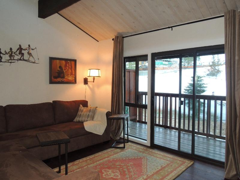 Great room - balcony and slope view - Big Bear Lake Snow Summit Townhouse - Big Bear Lake - rentals