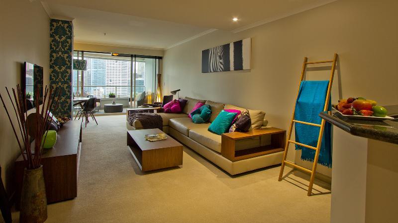 Living area - Darling Harbour Getaway 2 Bedroom ,amazing views - Sydney - rentals
