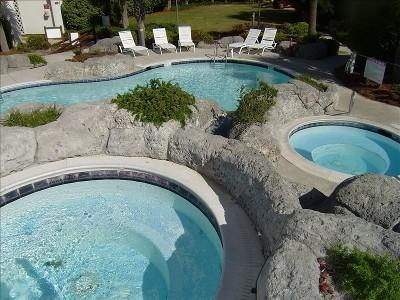 Hot Tub and Pools - North Topsail Beach Villa Capriani Luxury Ocean Front - North Topsail Beach - rentals