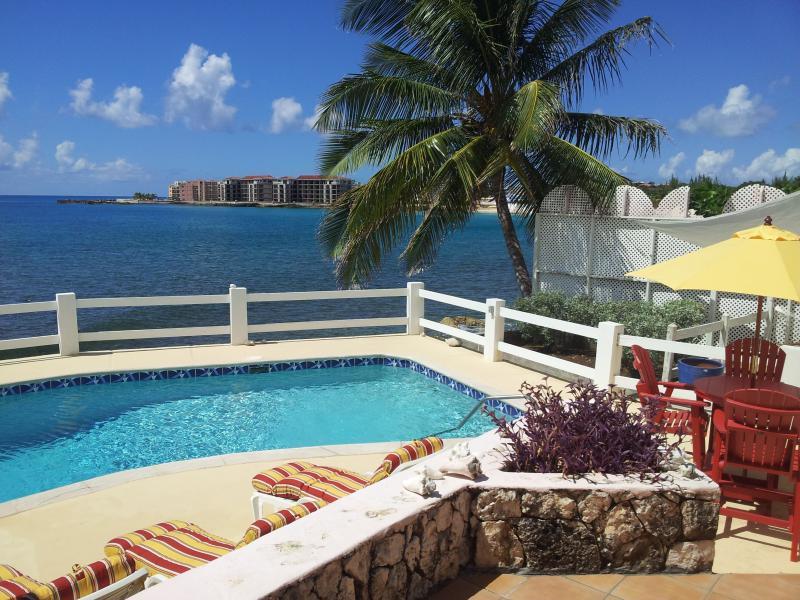 La Casita Villa -  Oceanfront Vacation Rental - Image 1 - Saint Martin-Sint Maarten - rentals