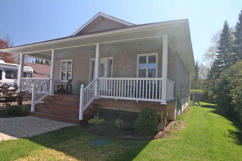 Point Clark cottage (#754) - Image 1 - Kincardine - rentals