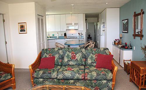 Living area - Wavecrest A116 - Ualapue - rentals