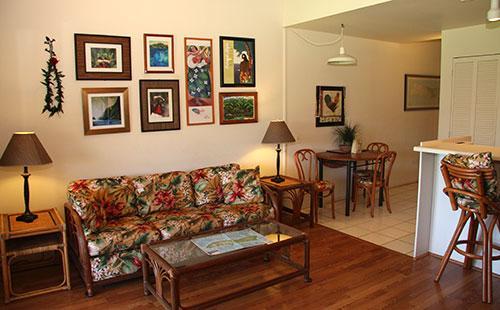 Living area alternate view - Molokai_Shores 316 - Maunaloa - rentals