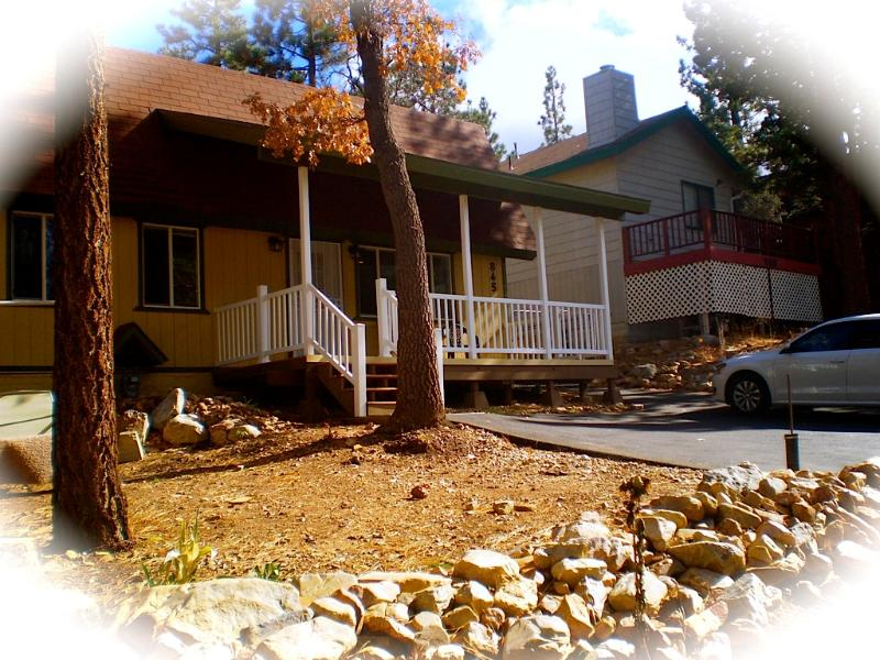 Front of Cabin - Cozy Cabin w/Spa/ Walk to National Forest! - Sugarloaf - rentals