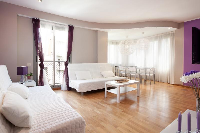 PURPLE TOUCHES - Image 1 - Barcelona - rentals