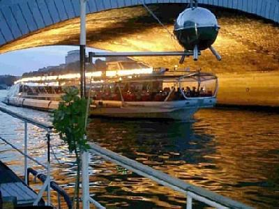 Nice Houseboat in the Heart of Paris - Image 1 - Paris - rentals