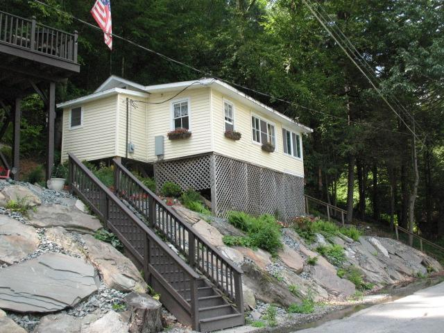 Cottage - COZY COTTAGE LOCATED ON DELAWARE RIVER - Damascus - rentals