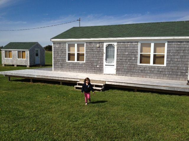 Waterfront cottage at entrance to National Park ! - Image 1 - Pelham - rentals