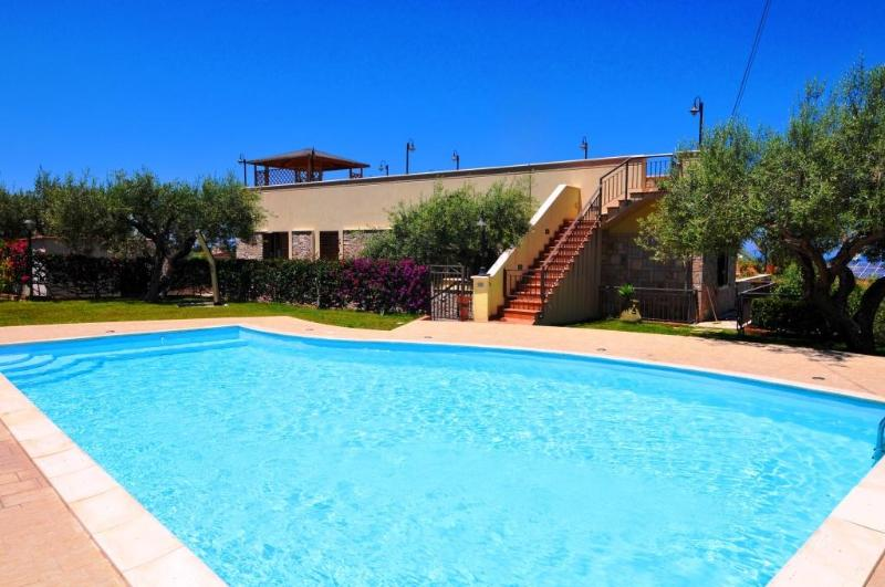 VILLA LUX with pool - Image 1 - Cefalu - rentals