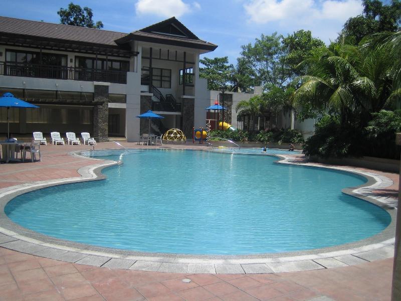 Outdoor Pool - Comfortable 2-Bedroom Condo in Quezon City, PH - Quezon City - rentals