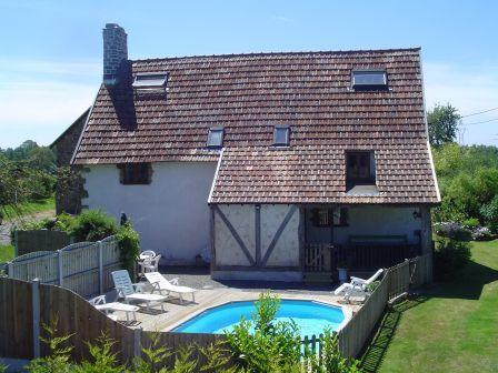 Back of house and pool - Le Fresne - Vezins - rentals