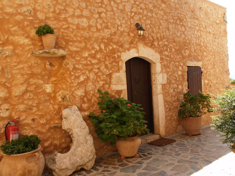 Samonas - No3 Diktamos / One bedroom villa - Image 1 - Chania - rentals