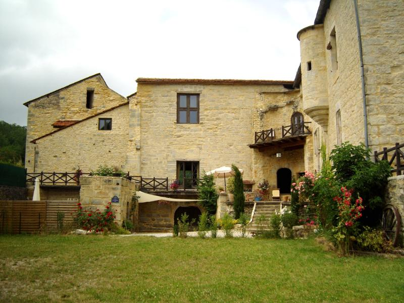 B&B in Chateau south of France - Image 1 - Saint-Chamarand - rentals