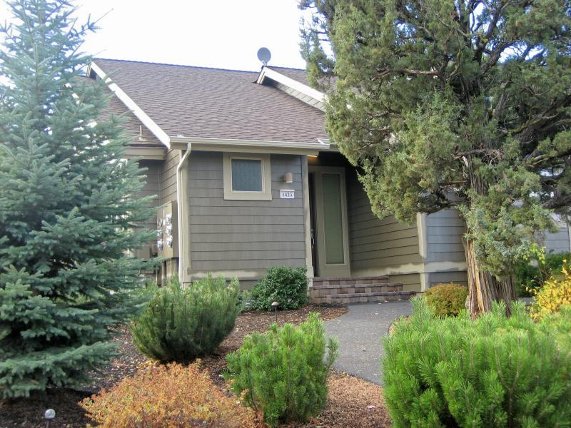 front - Pet Friendly Condo in Eagle Crest - Redmond - rentals