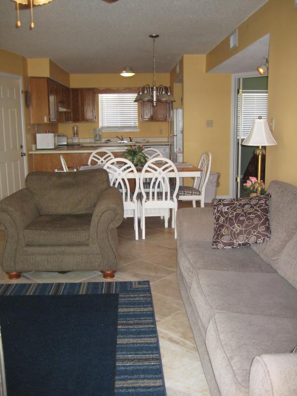 main area - Orange beach Alabama condo rental nice but cheap - Orange Beach - rentals