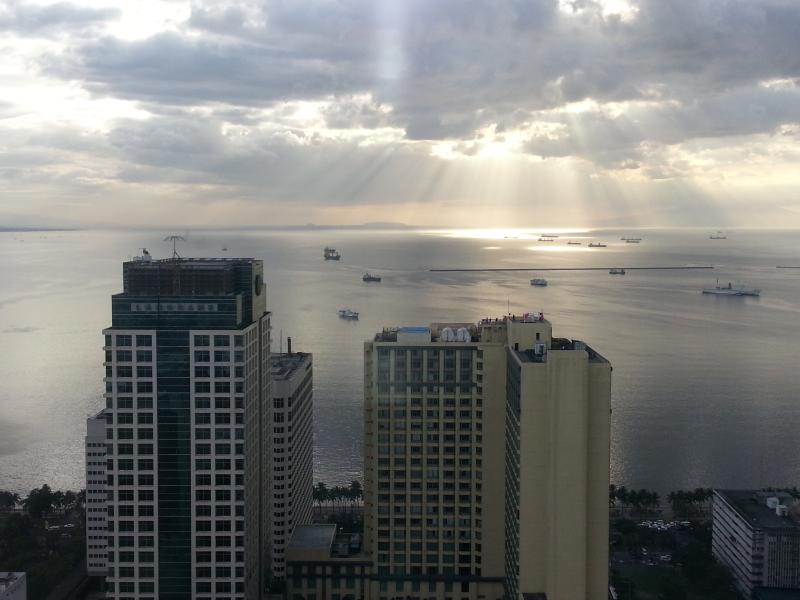 Birch Tower, a view at my 43rd floor condo before sunset - Best Value with Breathtaking View - Manila - rentals