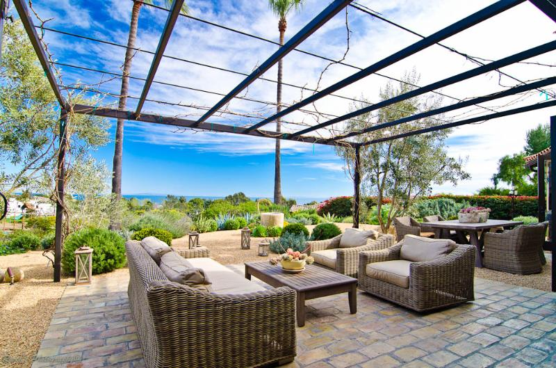 View to the ocean from the backyard - Tuscany Majestic Ocean View Getaway Villa - Malibu - rentals