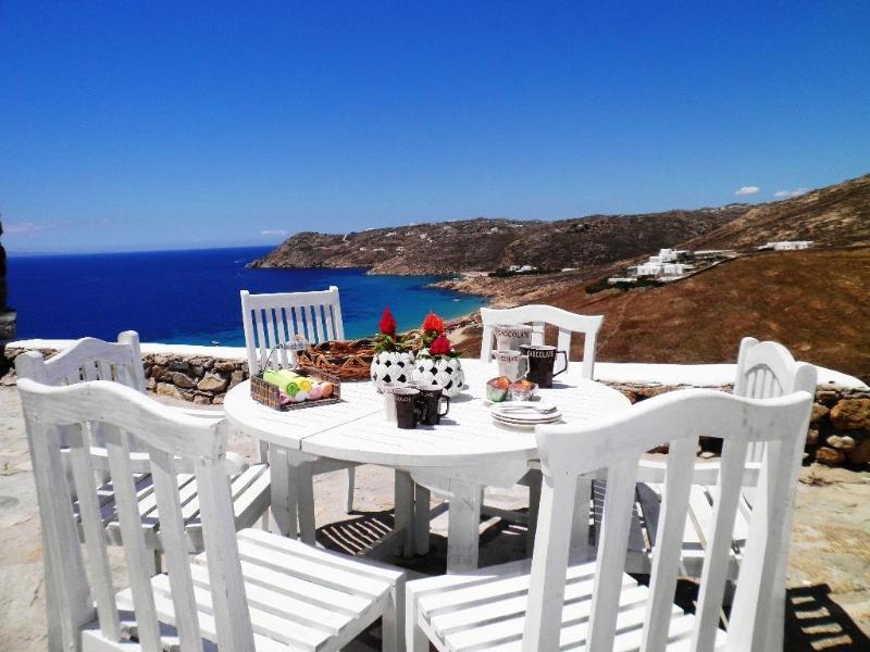 An Amazing Myconian Villa in Elia Beach - Image 1 - Mykonos - rentals