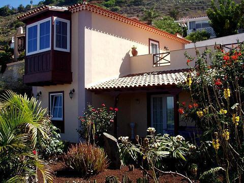 "Apartment ""Sea and Tede"" Spectacular views over of the sea north of Tenerife and Teide volcano.- - Image 1 - El Sauzal - rentals"