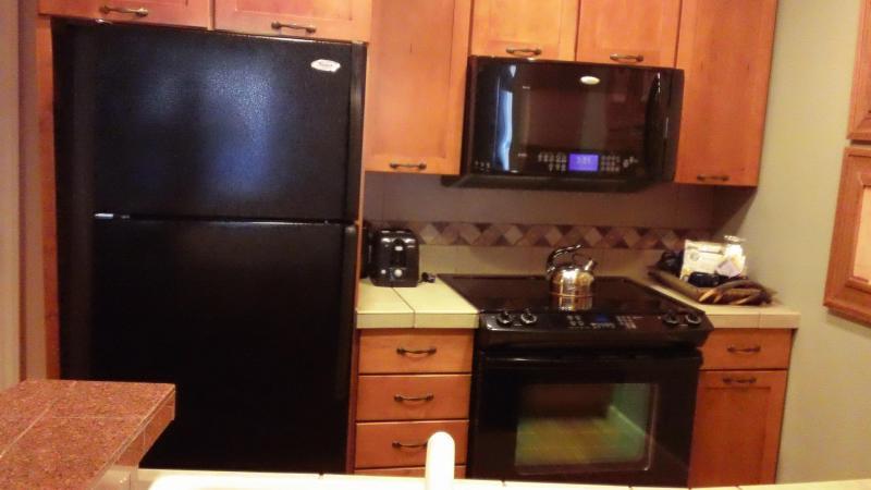 Full Kitchen - Sheraton Mt. Vista NEW YEARS WEEK 2013/14! - Beaver Creek - rentals
