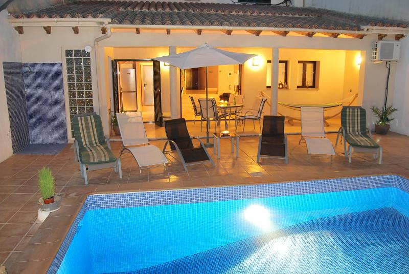 Pool and terrace - 200 m2 House, 2 floors, private pool - Santa Maria - rentals