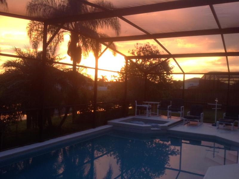 sunset over the pool and spa - Lakeside Villa with south facing pool and spa - Kissimmee - rentals