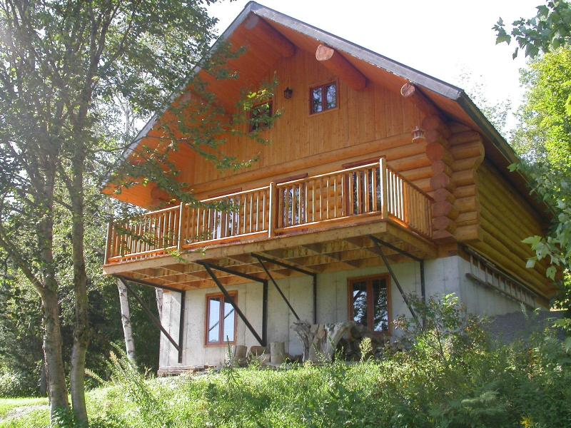 Roundwood cottage l'Inspiration and its inspiring natural environment - Superb roundwood cottage for rent - Lac-aux-Sables - rentals