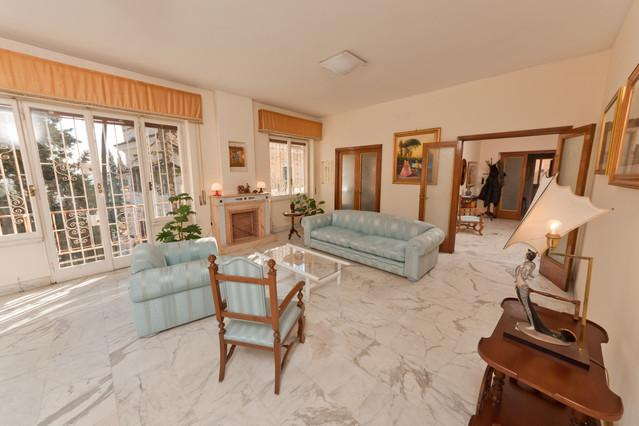 Living Room - Trastevere-Luminous Apt.190m² WiFi/Balcony/Parking - Rome - rentals