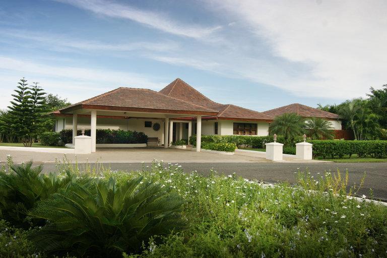Outside Villa View - Villa Casa de Campo. Cereza 4 - La Romana - rentals