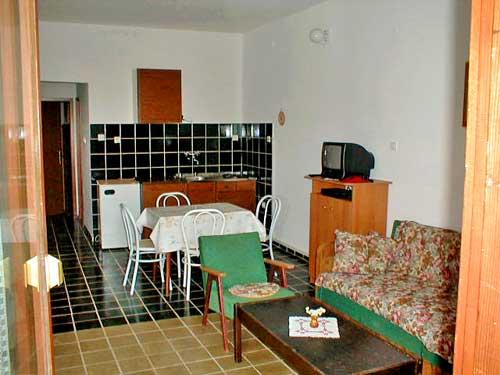 APARTMENTS AND ROOMS ZDENKO - 60081-A2 - Image 1 - Njivice - rentals