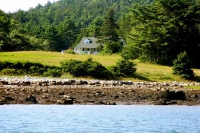 Captain's Cottage on Fernald Point - Image 1 - Southwest Harbor - rentals