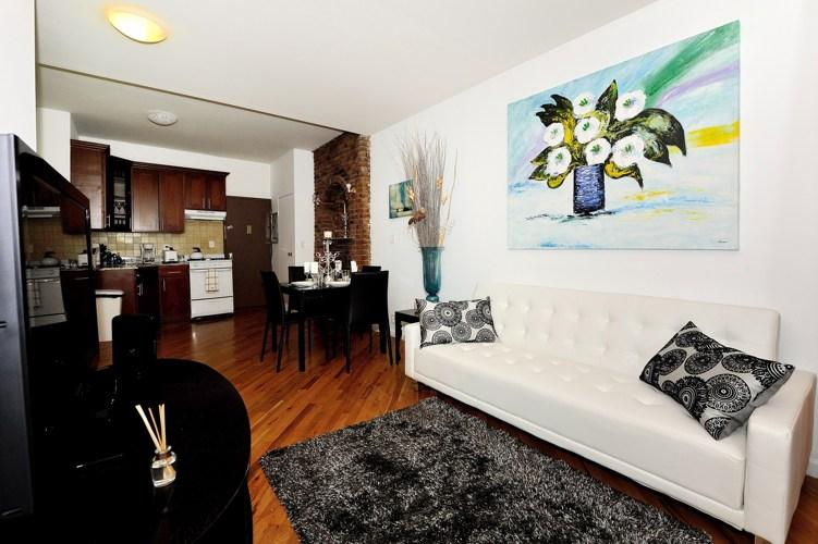 Stylish 4 bedroom 2 bath in the heart of Chelsea!! - Image 1 - New York City - rentals