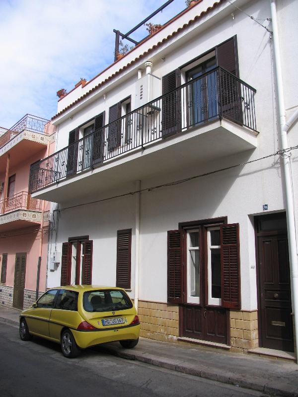 Ferienwohnung im Erdgeschoss - Ferienwohnung Terrasini Siracasa - Terrasini - rentals