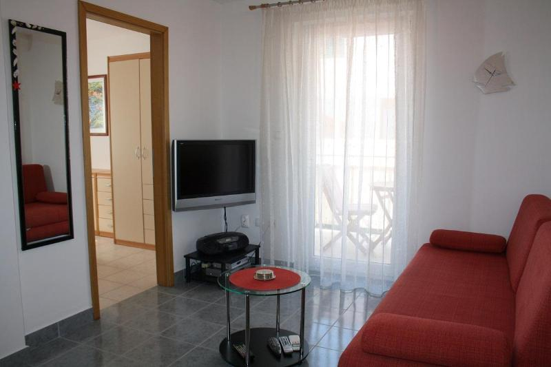 Bol apartment for 4 people Lelana - Image 1 - Bol - rentals