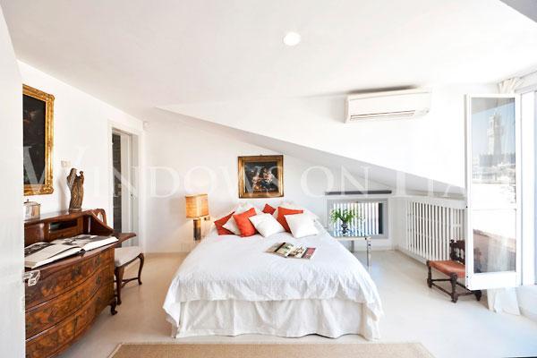 Pontevecchio Terrace - Windows on Italy - Image 1 - Florence - rentals
