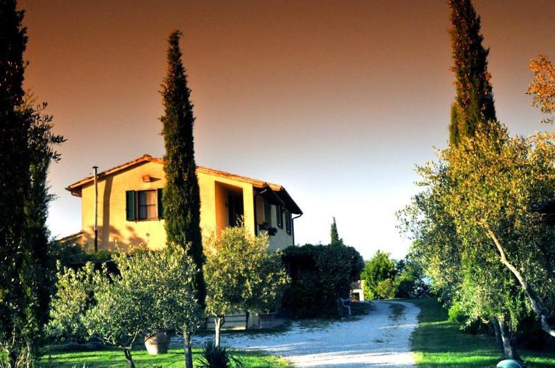 Il casolare - Casolare a Bevagna nella verde campagna Umbra - Bevagna - rentals