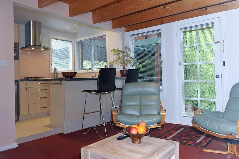 The Gardens Apartment - Kitchen and Lounge - The Gardens Apartment Hobart - Hobart - rentals