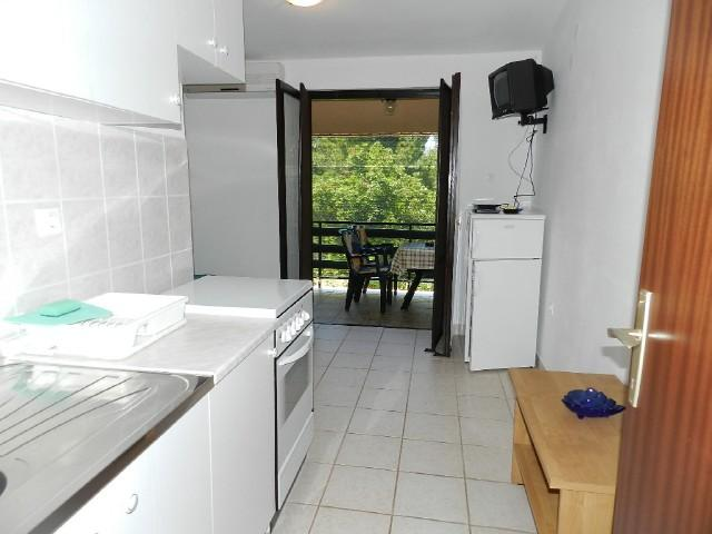 Apartments Mladen - 27991-A2 - Image 1 - Starigrad-Paklenica - rentals