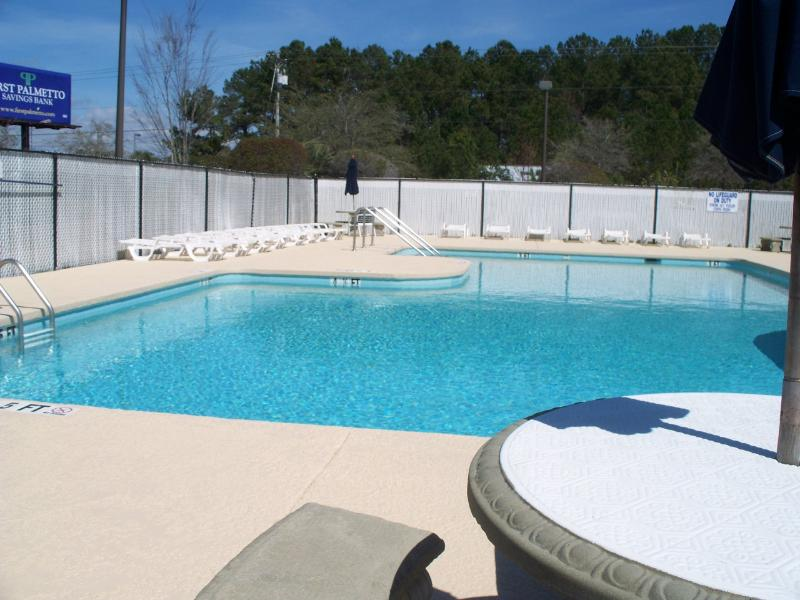 Access to Community Swimming Pool - Comfortable Condo Near Beach & Golf! Surfside Beac - Surfside Beach - rentals