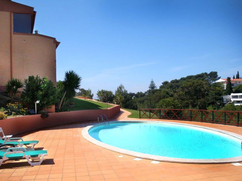 2 Bedroom Apart With Pool - Cascais - Image 1 - Cascais - rentals