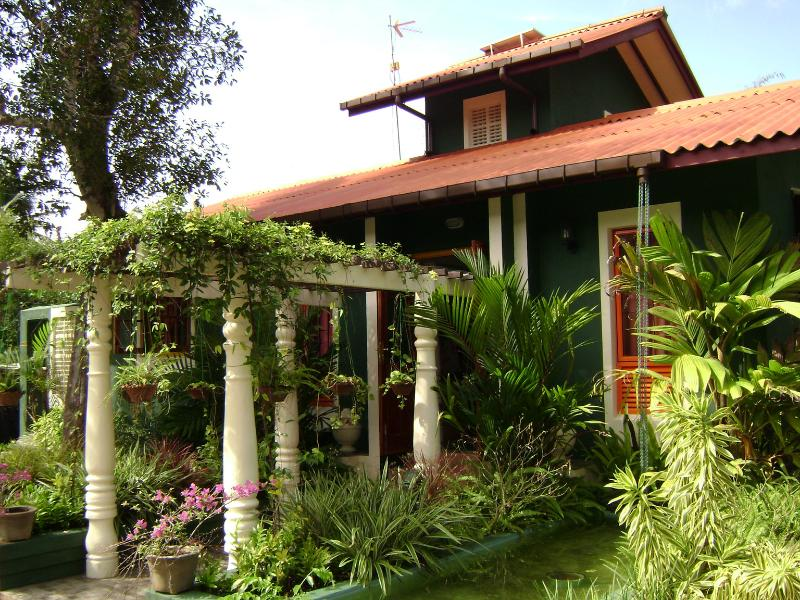 Front Elevation - Near 200 km post - Tissa Road, 2 BR House for rent - Tangalle - rentals