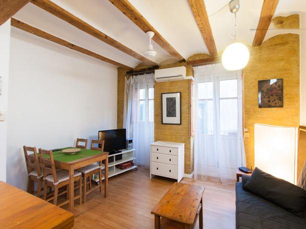 Cosy apartment in El Carmen Long term rental only - Image 1 - Valencia - rentals